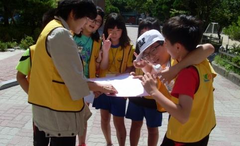 보건복지부, 강릉시여성가족과와 함께 학교 아동안전지도 제작을 진행하고 있습니다. 지난 2012. 6/30일 중앙초등학교를 시작으로 11개교가 참여할 예정입니다. 이번 아동 안전지도...